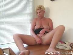 Taylor Lynn plays with her warm fur pie